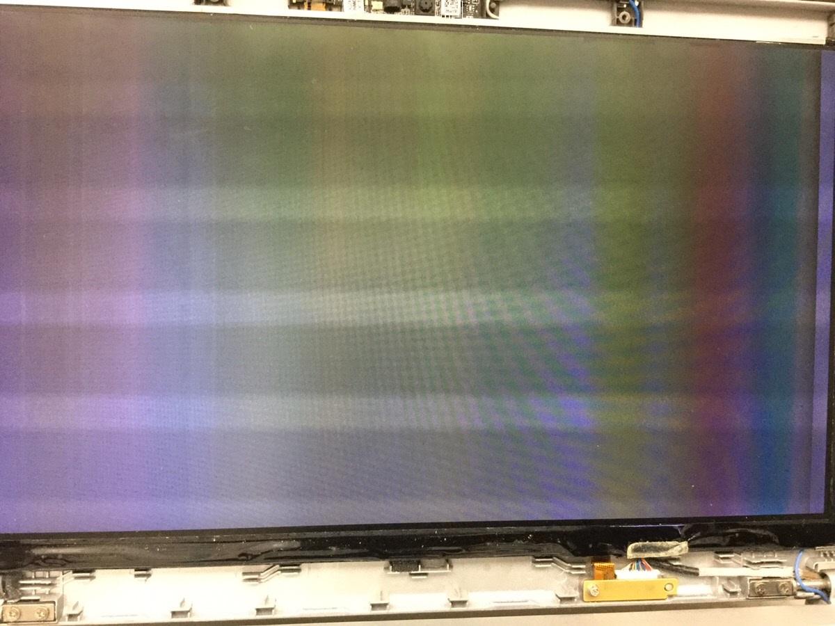 神奈川県川崎市中原区 ノートパソコンの液晶関連トラブル/パナソニック Windows 8.1/8のイメージ